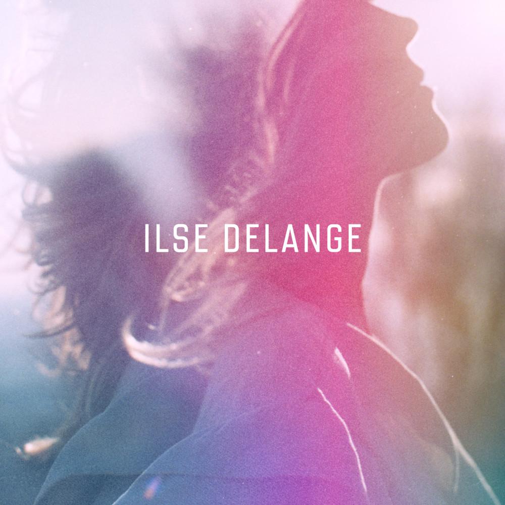 Violet & Blue 2018 Ilse Delange