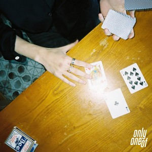 MONEY (OnlyOneOf Ver.) (from 'yours only 2.2') dari 온리원오브