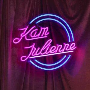 恭碩良的專輯Kam Julienne