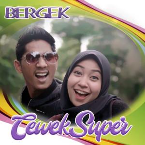 Cewek Super (Explicit) dari BERGEK