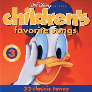 收聽Disneyland Children's Sing-Along Chorus的Billy Boy (Album Version)歌詞歌曲