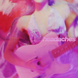 Download Lagu Raveena - Headaches
