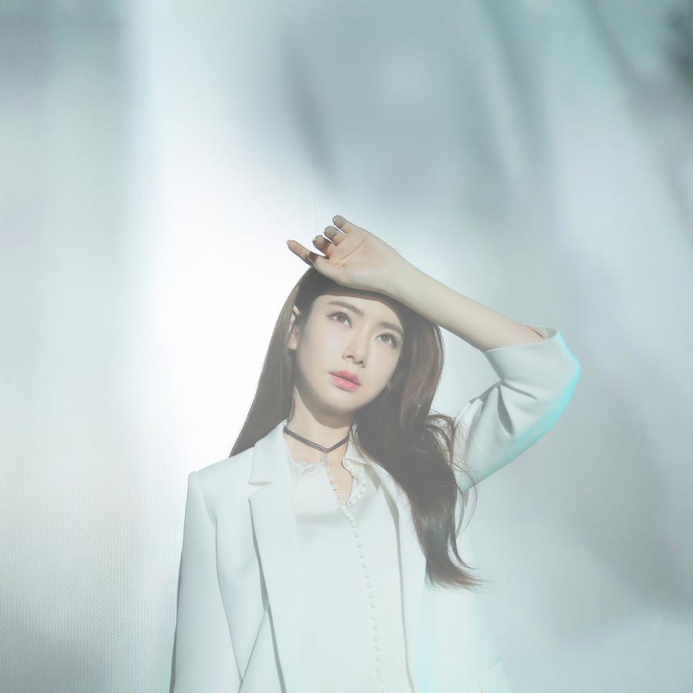 """ฟังเพลงอัลบั้ม You Ge Ren - Dian Shi Ju """" Fan Xing Si Yue """" Zhu Ti Qu"""
