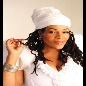 Album Injabulo/Ngiza Kuwe from Deborah Fraser