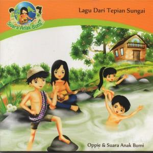 Lagu Dari Tepian Sungai dari Oppie Andaresta