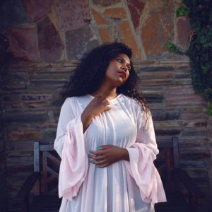 Album Yiza from Nia Pearl