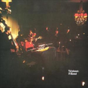 Vid pianot: P. Ramel 1971 Povel Ramel