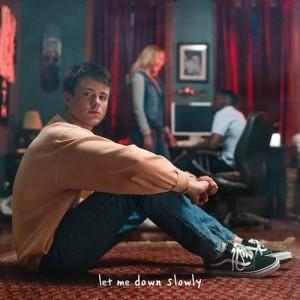 Dengarkan Let Me Down Slowly lagu dari Alec Benjamin dengan lirik
