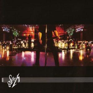 Dengarkan Enter Sandman lagu dari Metallica dengan lirik
