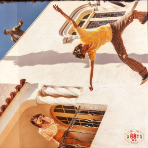 Album California (feat. Warren Hue) from Rich Brian