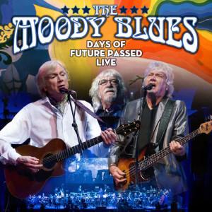 收聽The Moody Blues的Tuesday Afternoon (Forever Afternoon) ((Live))歌詞歌曲