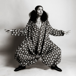 Nneka的專輯Love Supreme