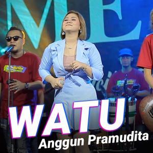 Watu dari Anggun Pramudita