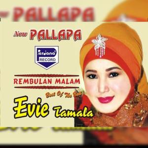 Rembulan Malam dari Evie Tamala