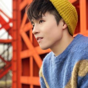 Ian 陳卓賢的專輯正式開始