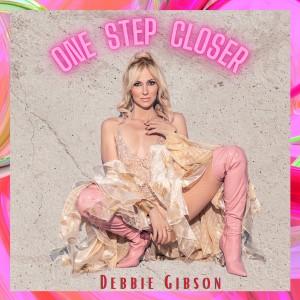 Debbie Gibson的專輯One Step Closer