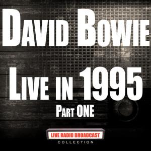 收聽David Bowie的Hallo Spaceboy歌詞歌曲