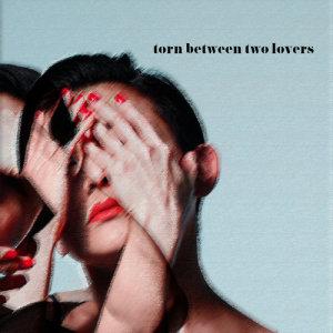劉美君的專輯Torn Between Two Lovers