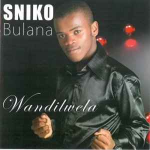 Listen to Thixo akunagqaleko (feat. Betusile) song with lyrics from Sniko Bulana