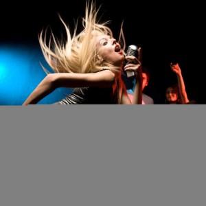 ProSource Karaoke的專輯Kiss (In the Style of Prince) [Karaoke Version] - Single