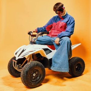 Listen to Movement song with lyrics from Oliver Tree