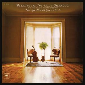 Album Beethoven: The Late Quartets, Opp. 127, 130, 131, 132, 133 (Grosse Fuge) & 135 (Remastered) from Juilliard String Quartet