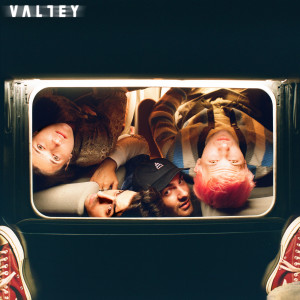 Album Oh shit…are we in love? from Valley