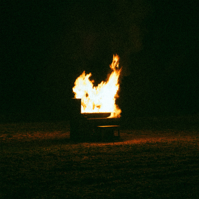 Housefires的專輯Housefires VII (Live)