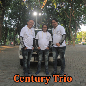 Memory Tao Toba dari Century Trio