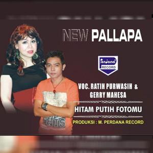 Ratih Purwasih的專輯Hitam Putih Fotomu