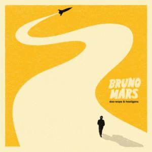 ดาวน์โหลดและฟังเพลง The Lazy Song พร้อมเนื้อเพลงจาก Bruno Mars