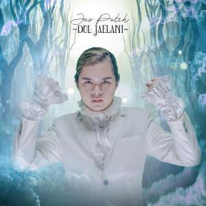 Jas Putih dari Dul Jaelani