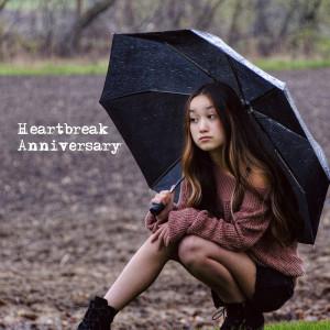 Album Heartbreak Anniversary from Ava