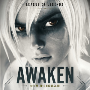 Dengarkan Awaken lagu dari League Of Legends dengan lirik